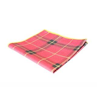 poszetka w szkocką kratę, czyli szkocki dodatek do męskiej garderoby